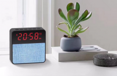 Unique Clock Bluetooth Speaker